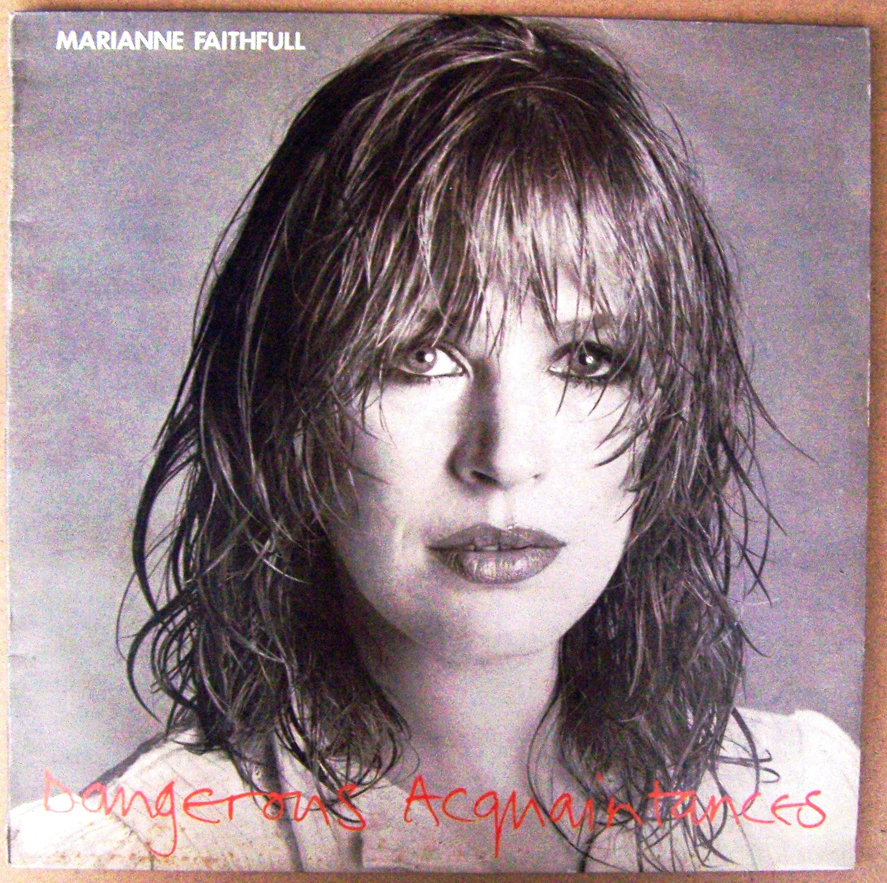 Faithfull Marianne - Dangerous Acquaintances