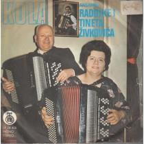 Ansambl Radojke I Tineta Zivkovica - Kola - Beogradjanka/saborska Setnja/radino Kolo/meraklijsko Kolo