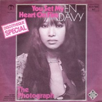 Davy En - You Set My Heart On Fire/the Photograpf